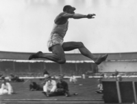 Jesse Owens picture G523019