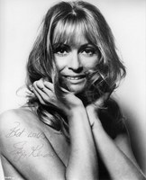 Suzy Kendall picture G523687