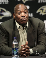 Ozzie Newsome picture G523744