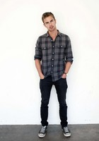 Theo James picture G525220