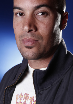 Coby Bell poster G527408