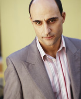 Mark Strong picture G527712
