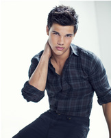 Taylor Lautner picture G528609