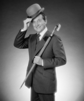 Patrick Macnee picture G530055
