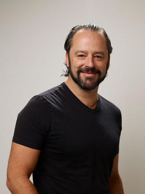 Gil Bellows poster G530539