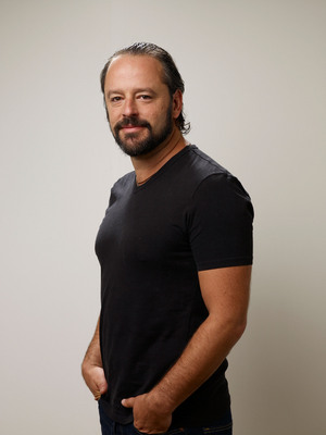 Gil Bellows poster G530540