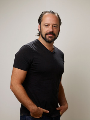 Gil Bellows poster G530542