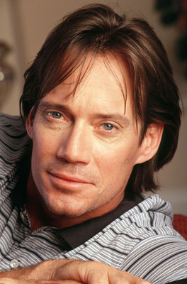 Kevin Sorbo poster G533557
