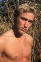 Kyle Lowder picture G534850