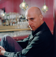Mark Strong picture G535069