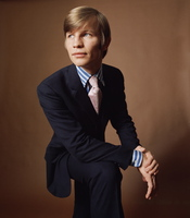 Michael York picture G535106