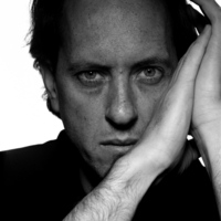 Richard E Grant picture G536911
