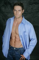 Dylan Bruce picture G537646