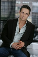Dylan Bruce picture G537650