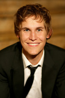 Rhys Wakefield picture G542910