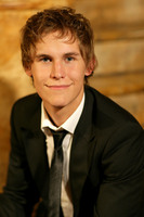 Rhys Wakefield picture G542911