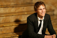 Rhys Wakefield picture G542916