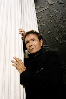 Cliff Richard poster G543825