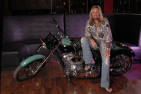 Vince Neil picture G543851