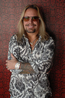 Vince Neil picture G543860