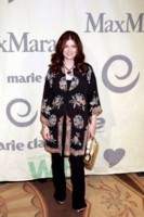 Debra Messing picture G54395