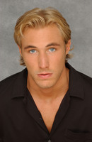 Kyle Lowder picture G544305