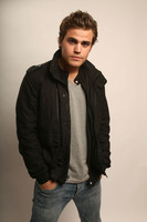 Paul Wesley picture G544719