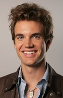 Tyler Hilton picture G544893