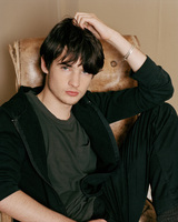 Tom Sturridge picture G545043