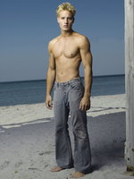 Justin Hartley picture G545542