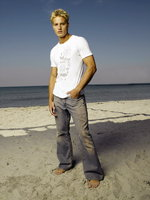Justin Hartley picture G545548