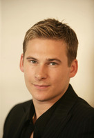 Lee Ryan picture G553939
