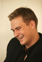 Lee Ryan picture G553942