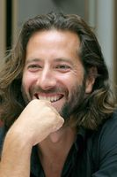 Henry Ian Cusick picture G556186