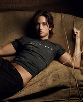 Justin Chatwin picture G557279