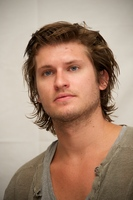 Tom Weston Jones picture G558015