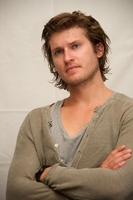 Tom Weston Jones picture G558021