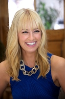 Beth Behrs picture G559058