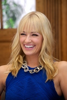 Beth Behrs picture G559059