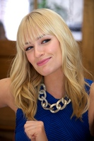 Beth Behrs picture G559062