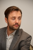 Vincent Kartheiser picture G559899