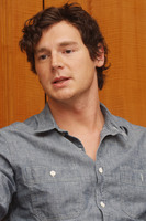 Benjamin Walker picture G561053