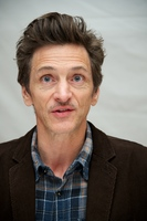 John Hawkes picture G561667