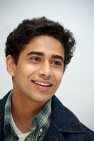 Suraj Sharma picture G561727