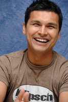 Adam Beach picture G561935