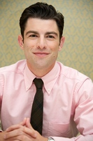 Max Greenfield picture G562227