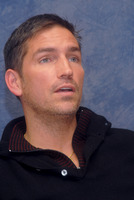 James Caviezel picture G562572