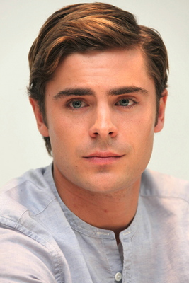 Zac Efron poster G562855