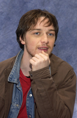 James McAvoy poster G563019