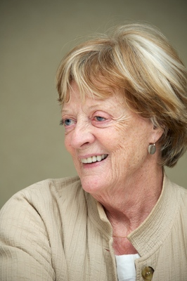 Maggie Smith poster G563062